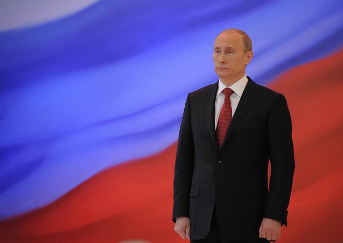 Иванов призвал не ждать от Путина в этом году объявления о решении идти на выборы