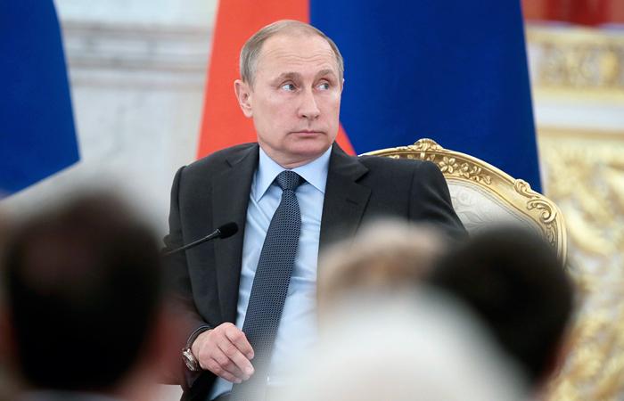 Путин допустил возможность корректировки закона об иноагентах