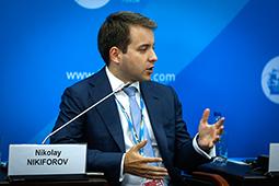Николай Никифоров: проблемы не в интернете, а в реальной жизни
