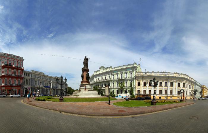Взрыв произошел в кафе в центре Одессы