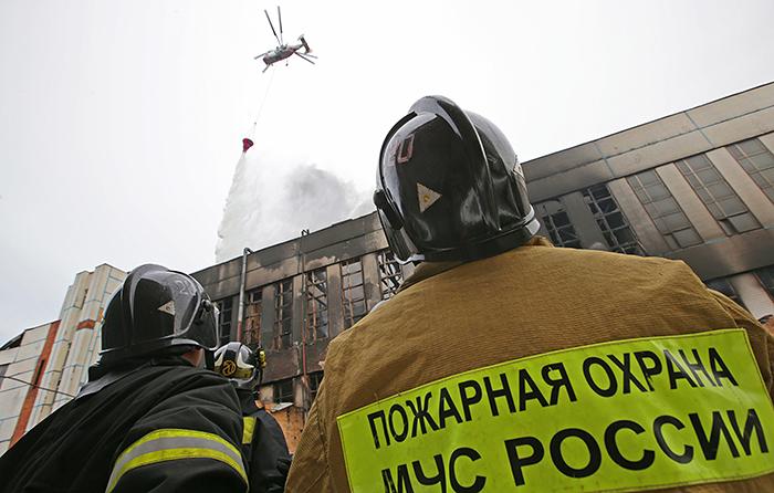В Москве потушили пожар на территории ЗИЛа