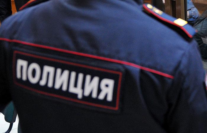 19-летний житель Колы украл из квартиры продукты и бытовую химию