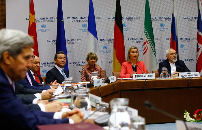 """Иран и """"шестерка"""" достигли соглашения по атому"""
