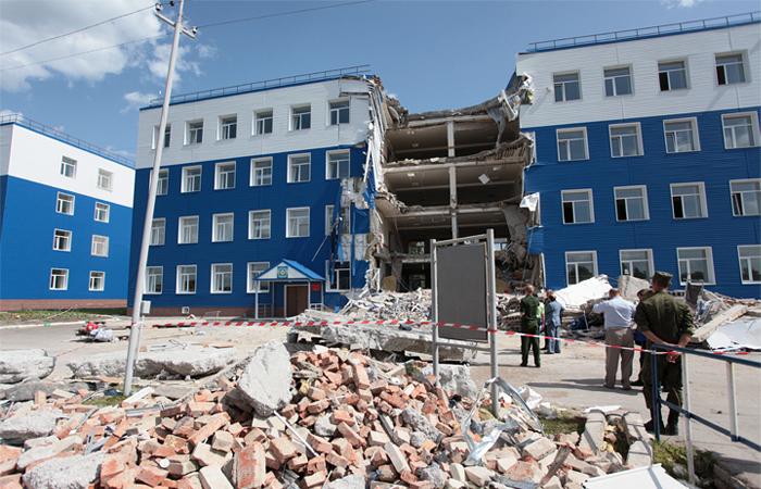 Казарма в Омске рухнула из-за некачественного строительства и неправильного ремонта