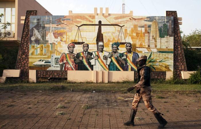 В Мали освободили захваченного боевиками в отеле россиянина