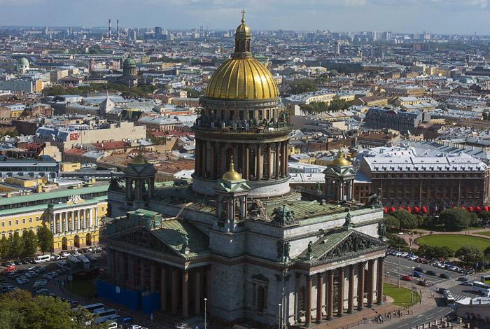 Минкульт выступил против передачи РПЦ Исаакиевского собора