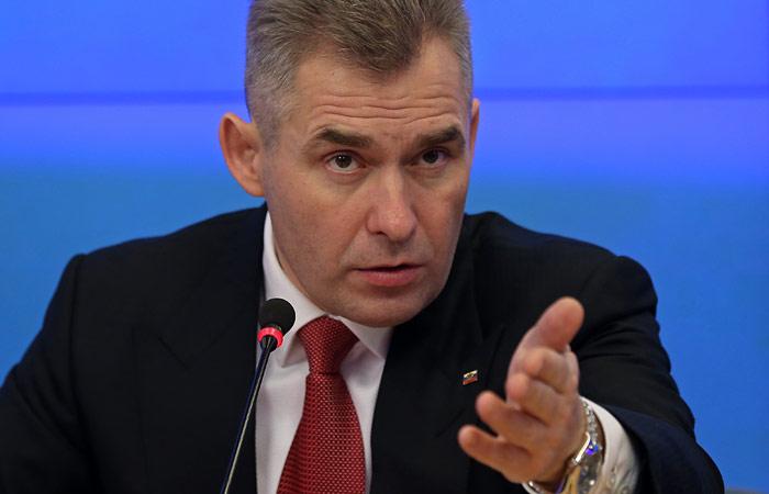 Астахов обвинил педофилов в запугивании своей помощницы