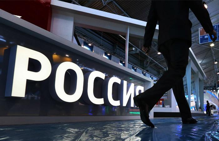 Аналитики рассказали о влиянии обвала тенге на экономику РФ