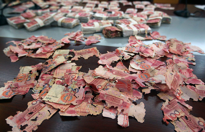 Аналитики предсказали падение валют 10 стран вслед за юанем и тенге
