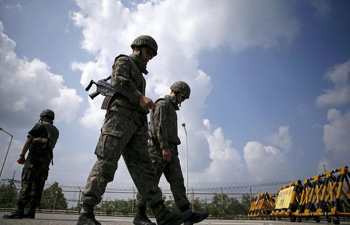 Южная Корея прекратит работу громкоговорителей на границе с КНДР