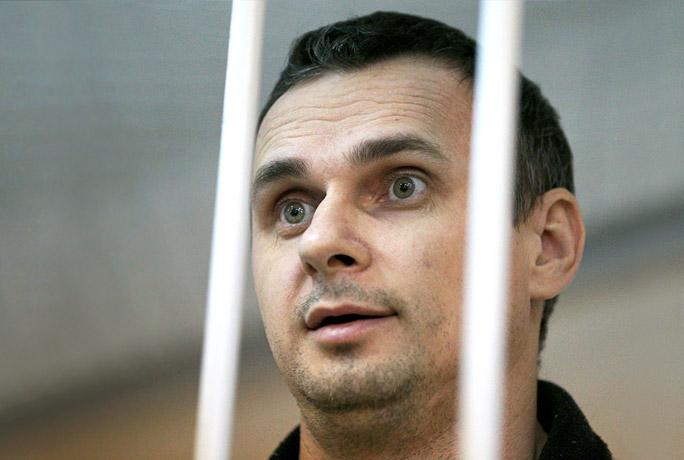 Суд приговорил украинского режиссера Сенцова к 20 годам колонии