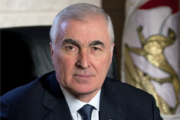 Президент Южной Осетии: Нашей приоритетной задачей является развитие реального сектора экономики