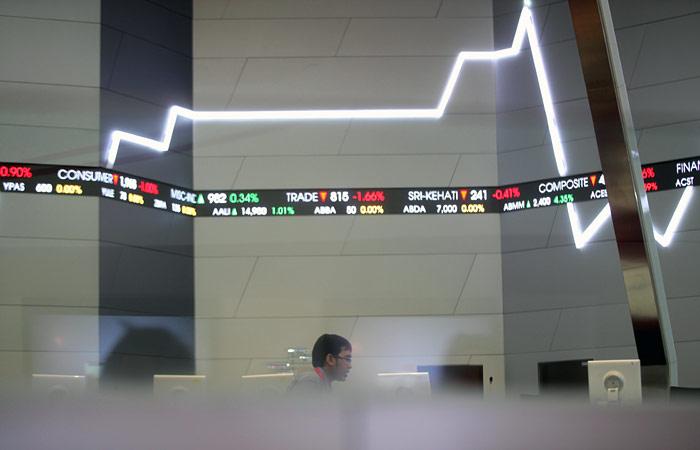 Китайский рынок завершил торги подъемом впервые за 6 сессий