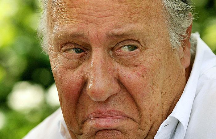 Британский писатель Фредерик Форсайт более 20 лет работал в разведке