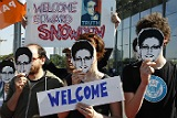 Сноуден обратился к России с просьбой об убежище по совету Ассанжа