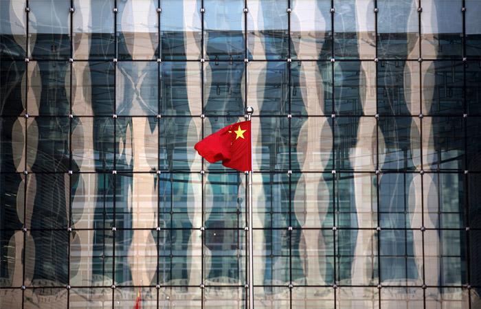 Пекин сменил стратегию борьбы с волатильностью фондового рынка