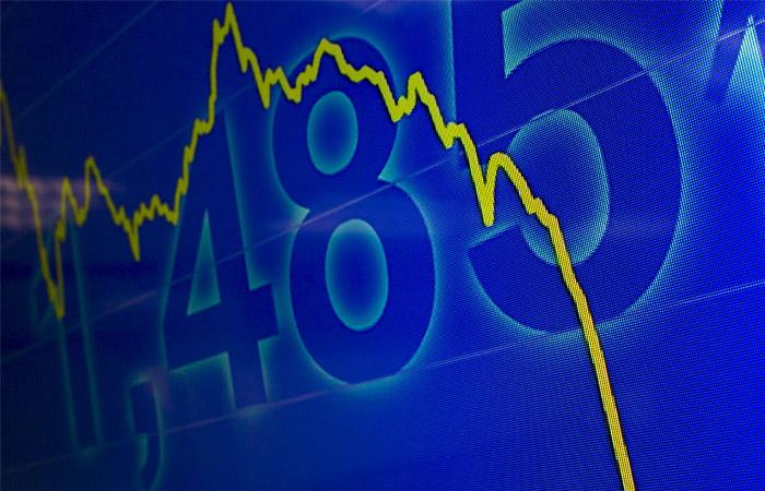 Китайский рынок возобновил падение в понедельник