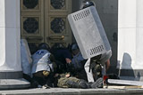 В Киеве стычки протестующих с милицией перешли на улицу Грушевского
