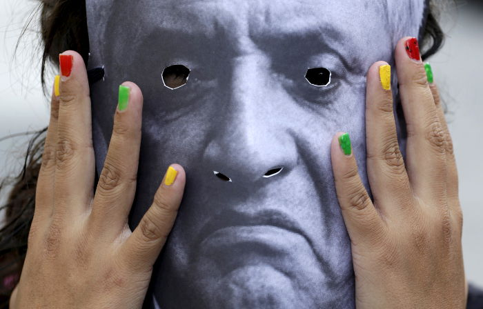 Суд Гватемалы постановил арестовать президента страны