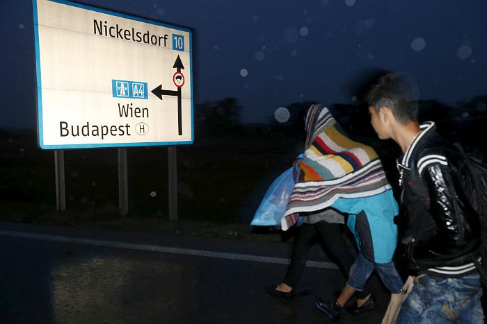 C 15 сентября полиция Венгрии будет перехватывать мигрантов на границе