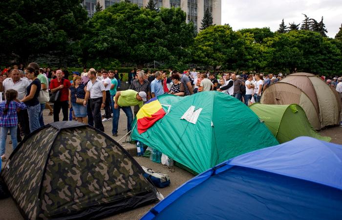 Массовый митинг в Кишиневе завершился мирно