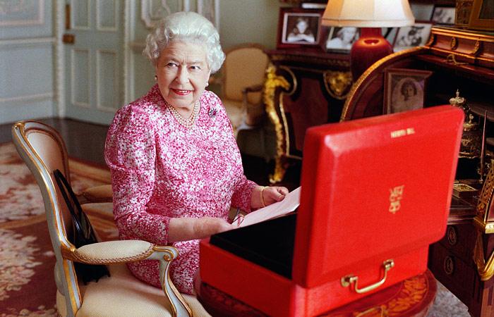 Елизавета II побьет рекорд королевы Виктории по длительности правления