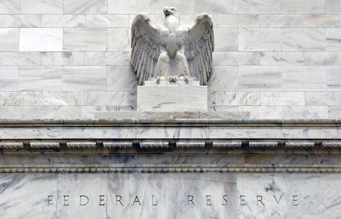 Вопрос о повышении или сохранении ставки расколол ФРС
