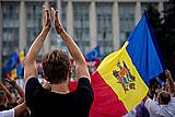 В Кишиневе началось массовое шествие оппозиции