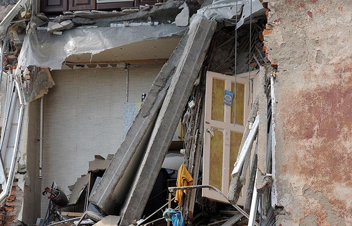 В жилом доме в Омске обрушились перекрытия