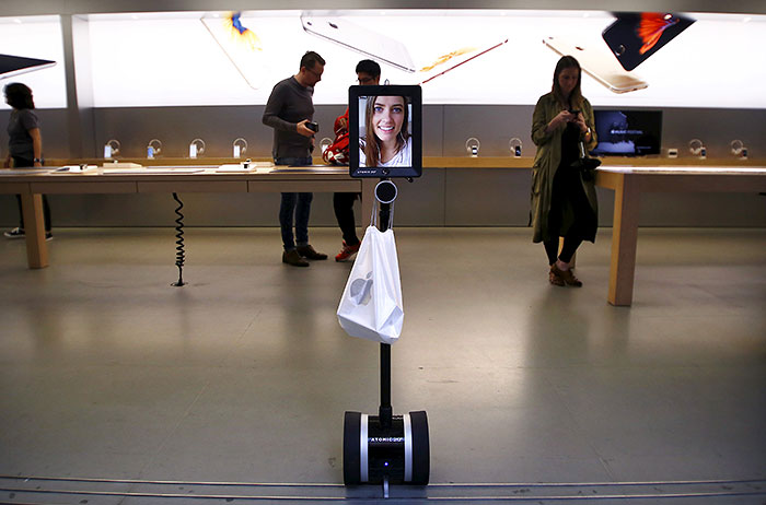 А вот и тот самый робот-покупальщик