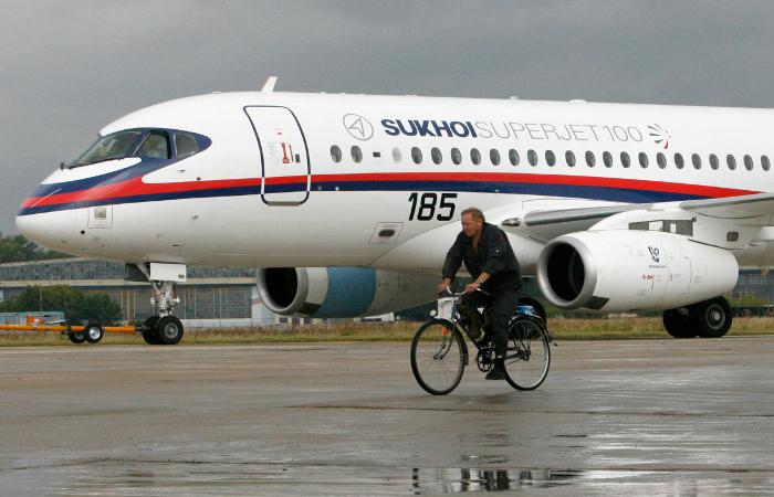 СМИ сообщили об отказе Ирана обновлять свой авиапарк Sukhoi Superjet