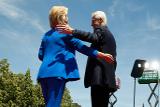 "Билл Клинтон заявил о ""крупномасштабной лобовой атаке на Хиллари"""
