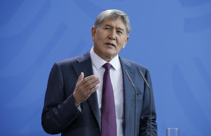 Президент Киргизии поддержал операцию России в Сирии