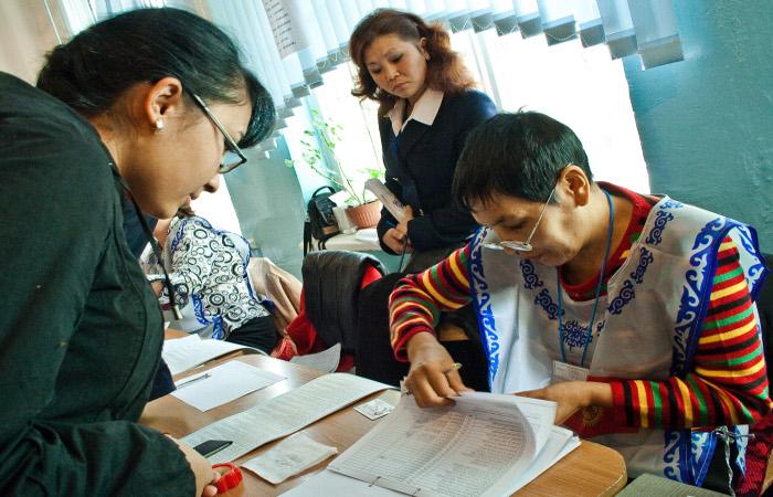 В Киргизии начались парламентские выборы