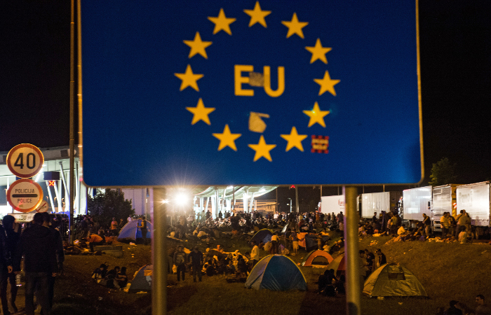 В Еврокомиссии не исключили создания временных транзитных зон внутри ЕС