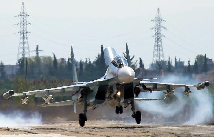 """Самолеты РФ и США вступили в первый """"визуальный"""" контакт над Сирией"""