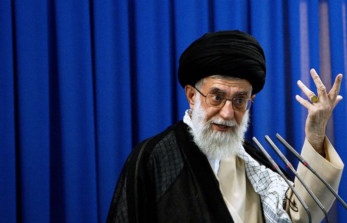 Аятолла Хаменеи ввел запрет на переговоры Ирана с США