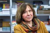 Нобелевскую премию по литературе присудили Светлане Алексиевич