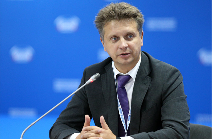 Максим Соколов: сегодня сфера автомобильного транспорта – одна из наиболее инновационных отраслей