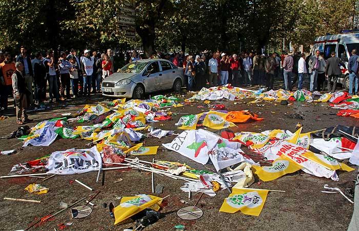 Число жертв взрывов в Анкаре возросло до 30