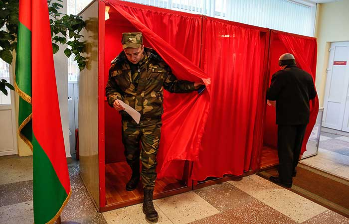 В Белоруссии открылись участки для голосования на президентских выборах
