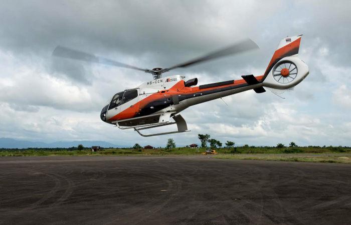 Пассажирский вертолет пропал над Суматрой