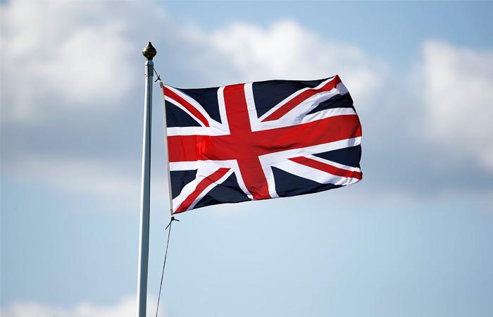 Лондон опроверг разрешение летчикам атаковать самолеты РФ в Ираке