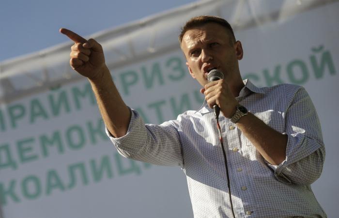 В ФССП рассказали о втором побеге Навального от приставов