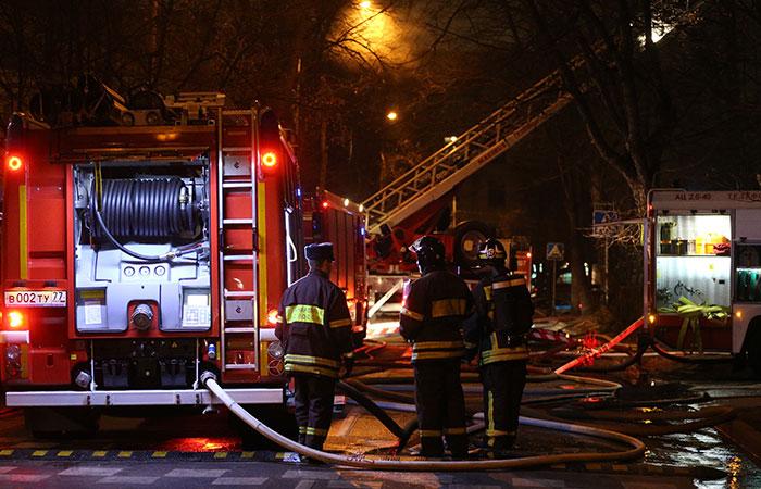 Причиной пожара на стройрынке на МКАД стали неполадки в электросети