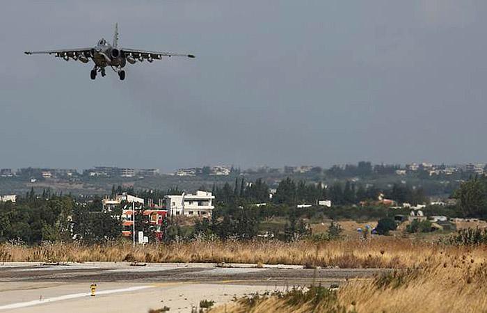 Российские самолеты уничтожили в Сирии базу подготовки террористов-смертников