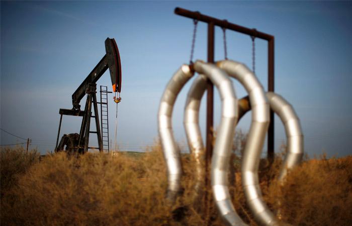 Разведка Ирака оценила доход ИГ от продажи нефти в $50 млн ежемесячно