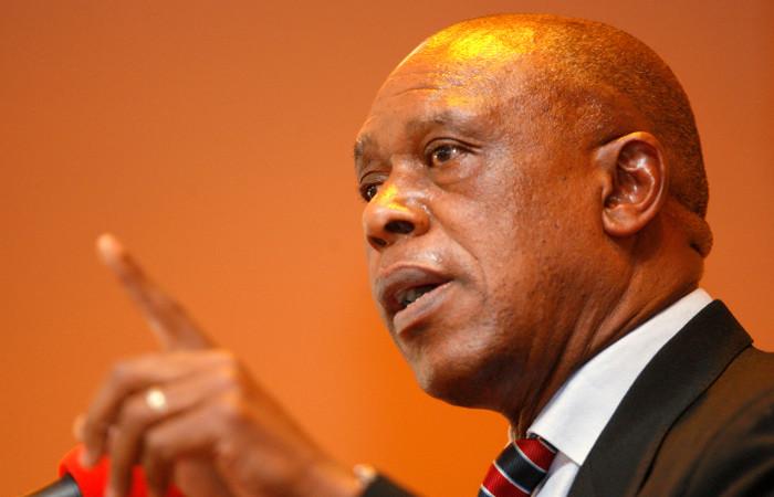 Экс-министр ЮАР выставит свою кандидатуру на выборах президента FIFA