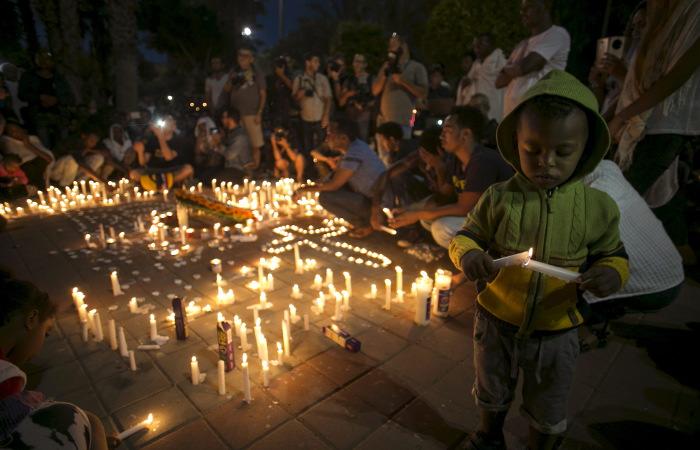 Тысячи израильтян и арабов призвали в Тель-Авиве к миру на площади Рабина