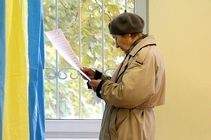 Порошенко призвал Раду назначить новую дату выборов в Мариуполе